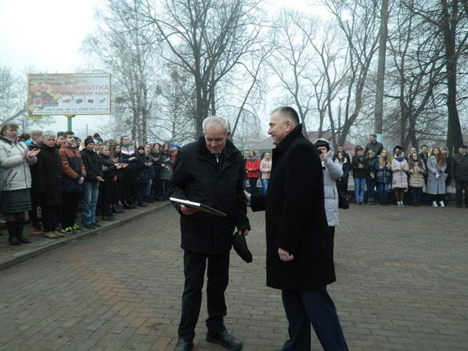РАДОМИШЛЬ ВІДЗНАЧИВ ДЕНЬ НАРОДЖЕННЯ Т.Г. ШЕВЧЕНКА. + ФОТО