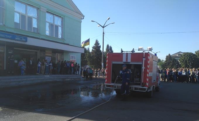 Рятувальники на своє професійне свято провели акцію «Запобігти. Врятувати. Допомогти» + ФОТО