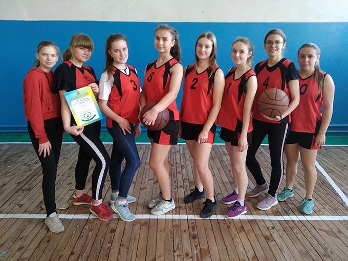 Команда Радомишльської ДЮСШ посіла ІІ місце на обласних змаганнях з баскетболу