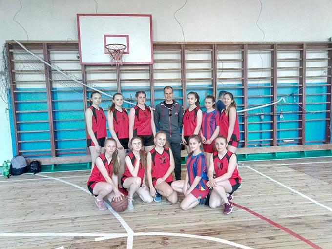 Шкільна команда дівчат Радомишльщини взяла участь у Спортивних іграх школярів Житомирщини з баскетболу