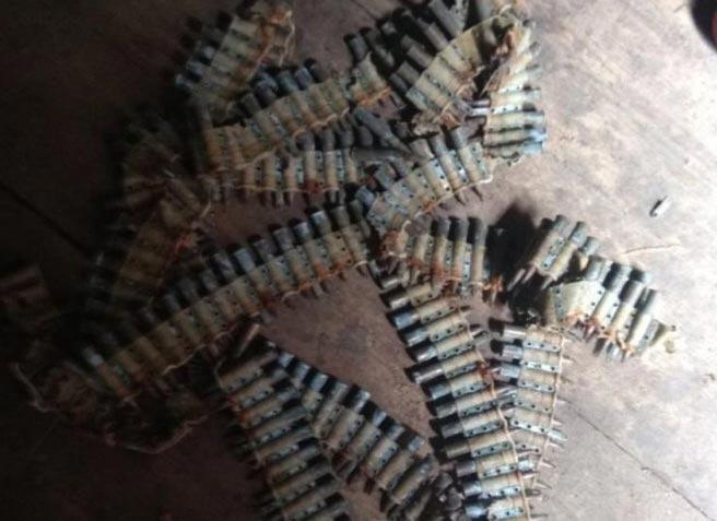 На Радомишльщині у чоловіка знайшли в оселі понад дві сотні набоїв
