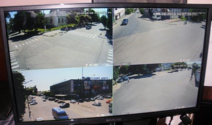 Радомишльським поліцейським знову допомогли відеокамери у встановленні особи правопорушника