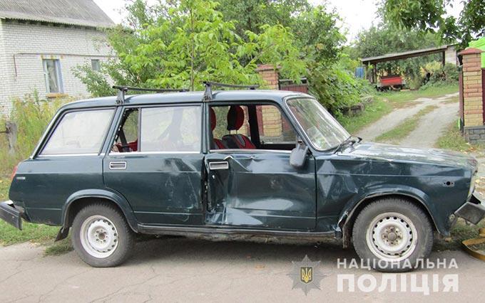 В Радомишльському районі хлопець, на вкраденій у дідуся автівці, потрапив у ДТП