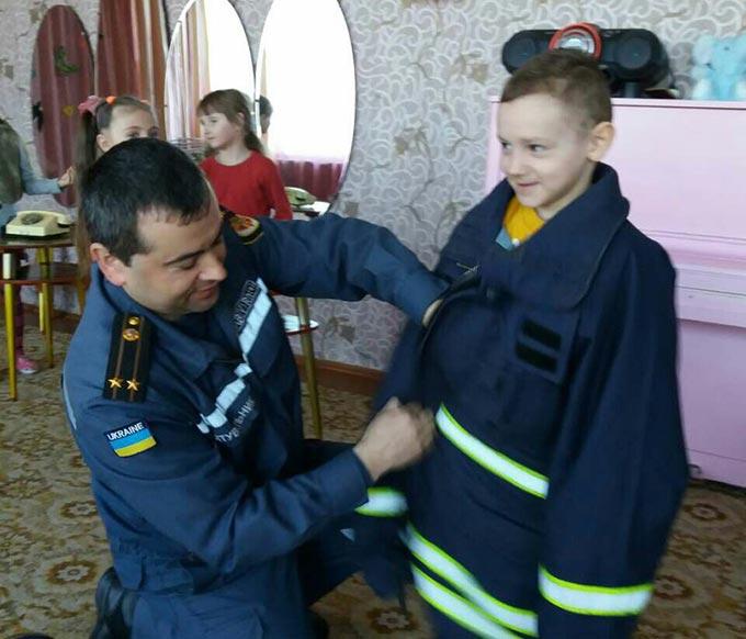 Рятувальники провели «Урок обережності» для дітей дошкільного навчального закладу №5. + ФОТО