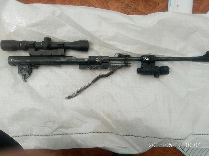 Працівниками Радомишльського відділення поліції виявлено незаконне зберігання зброї місцевим жителем. + ФОТО