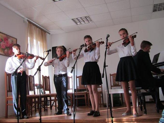 Працівники культури відзначили професійне свято «Всеукраїнський день працівників культури та майстрів народного мистецтва». + ФОТО