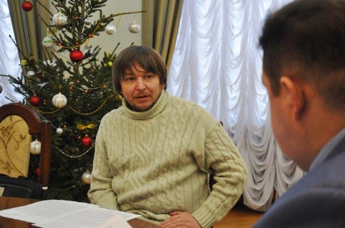 Радомишлянин вбачає порушення при проведенні конкурсу на посаду директора будинку культури та звернувся до губернатора області