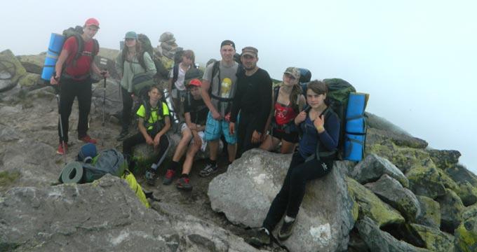Десять школярів з Радомишля подолали 131 кілометр пішоходного походу. + ФОТО
