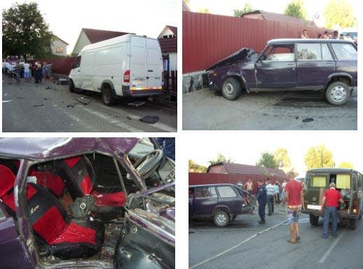 ДТП У РАДОМИШЛІ: Рятувальники ДСНС деблокували потерпілу в ДТП жінку, яку затиснуло в автомобілі. ФОТО