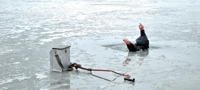 Трагедія на Радомишльщині: На ставку втопився рибалка, який провалився під лід