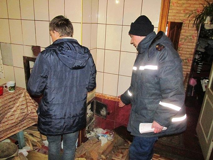 Рятувальники посилили протипожежний контроль в районі, де від опіків полум'ям загинула дитина