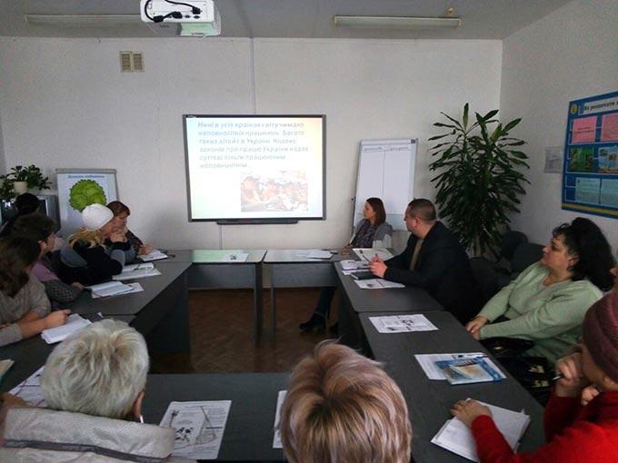 Про особливості працевлаштування неповнолітніх обговорили соціальні партнери у Радомишлі