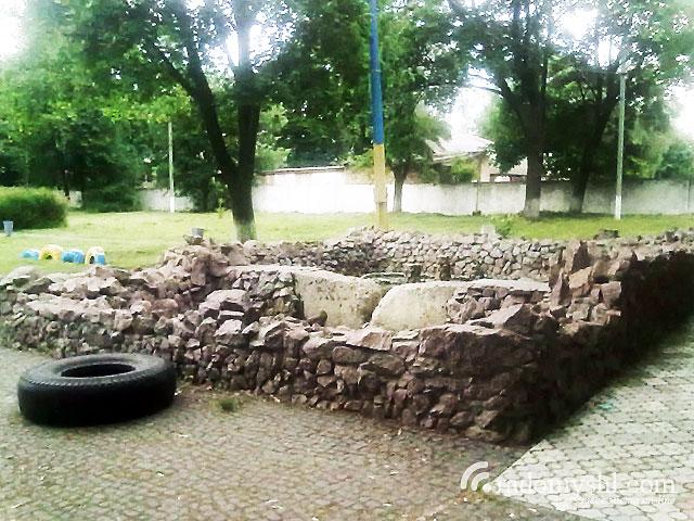 Фонтан в Радомишльському парку