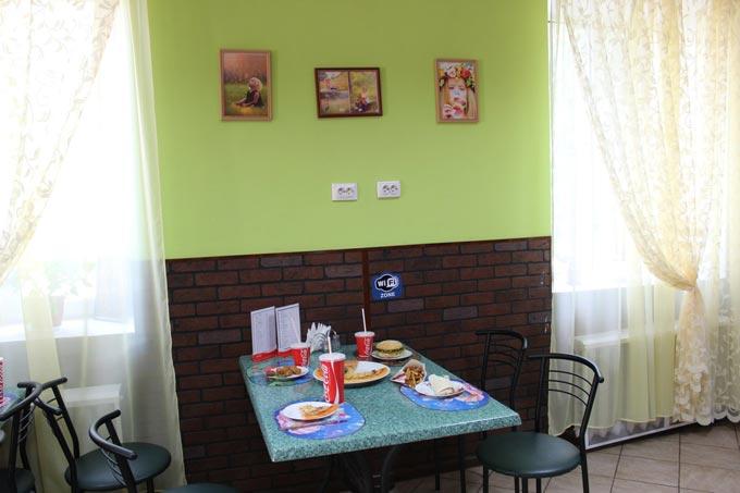 Перше в Радомишлі дитяче кафе «Рандеву» запрошує гостей. + ФОТО. [Р]