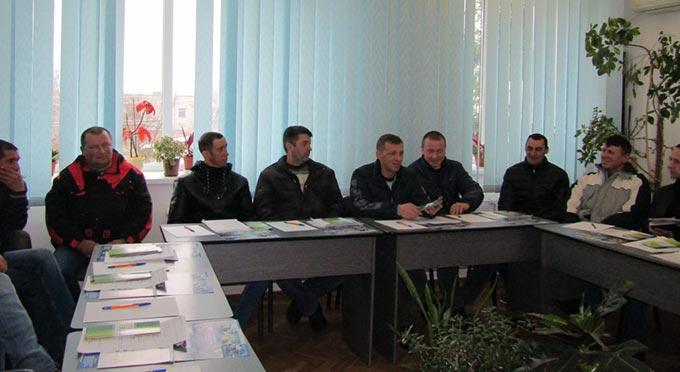 У районному центрі зайнятості відбувся круглий стіл з нагоди питань зайнятості учасників АТО та осіб з інвалідністю.