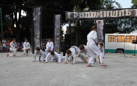 Вихованці радомишльської ДЮСШ вразили показовим виступом