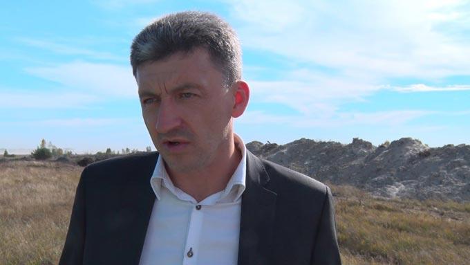 Жителі декількох населених пунктів Радомишльського району бояться залишитися без води через діяльність місцевого підприємця. ВІДЕО