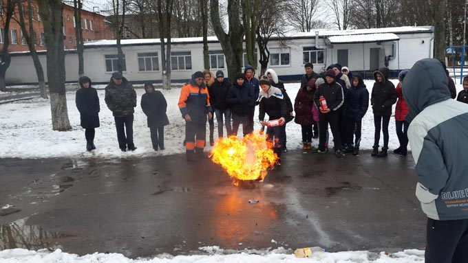 Рятувальники провели акцію «Запобігти. Врятувати. Допомогти.» для учнів Радомишльської санаторної школи-інтернату