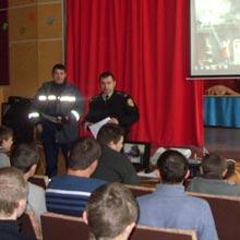 В Радомишльському професійному ліцеї було проведено профілактично роз'яснювальну роботу з учнями, щодо запобігання виникнення пожеж